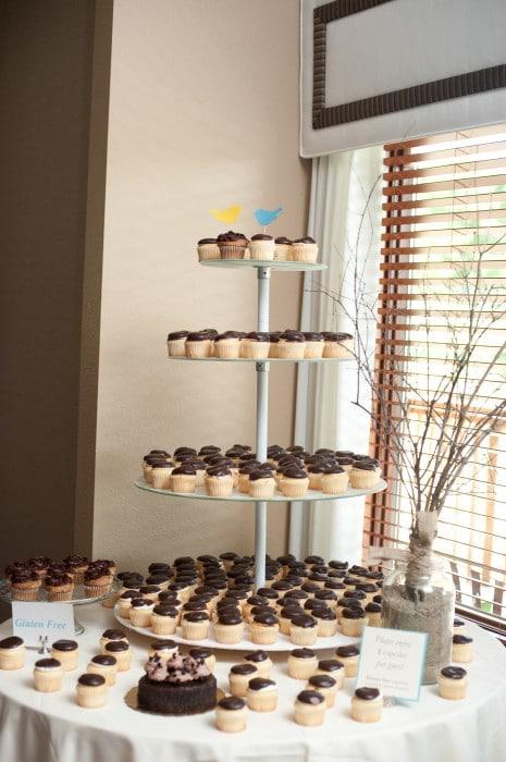 Rustic Wedding DIY Cupcake Stand
