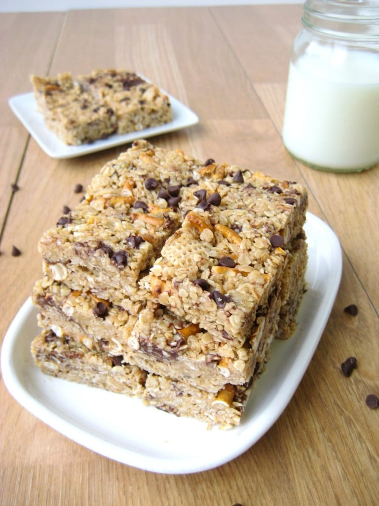 Peanut Butter Pretzel Granola Bars | The First Year