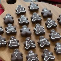 Gingerbread Men Oreo Balls