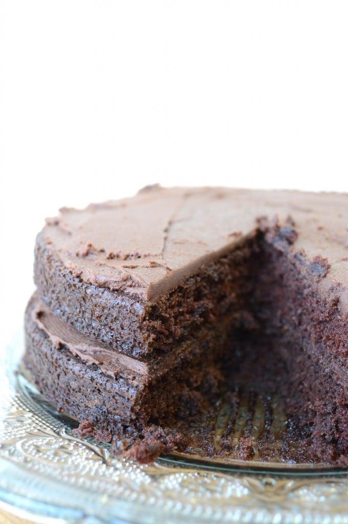 How To Use Hersheys Milk Chocolate Froasting On Cake