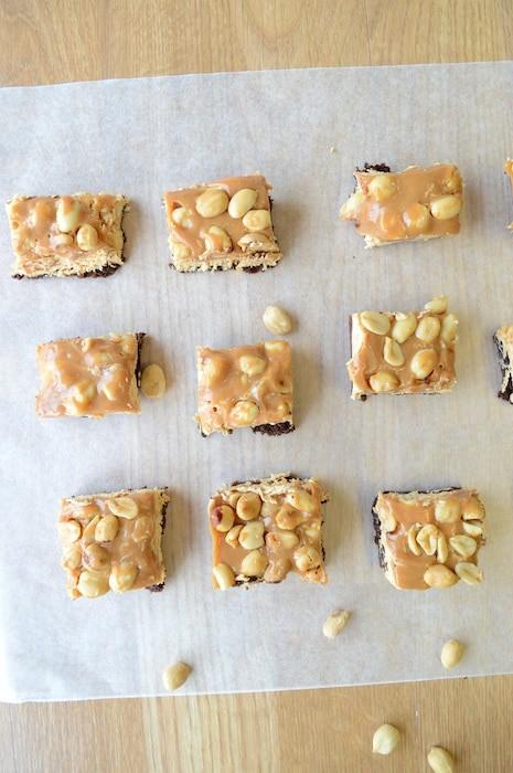 Snickers Brownie Bites