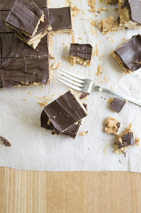 No Bake Crunchy Chocolate Peanut Butter Bars