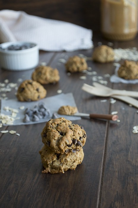 Baked Oatmeal Chocolate Chip Peanut Butter Balls