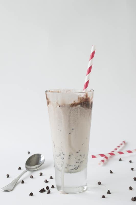 Salted Caramel Chocolate Chip Milkshake | thefirstyearblog.com