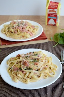 Fettuccine-with-Tomato-Cream-Sauce-3