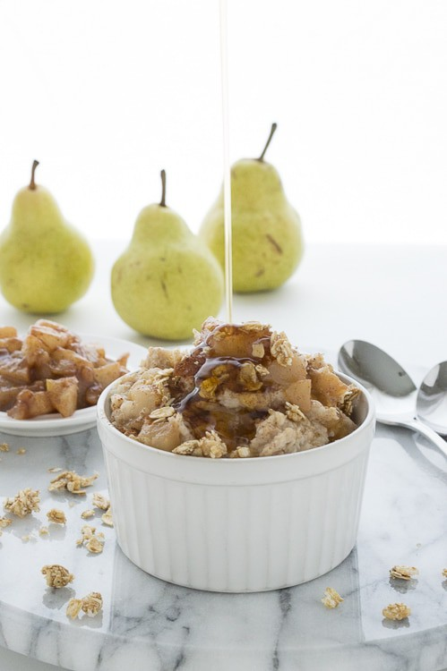 Maple Glazed Pear Oatmeal - takes 15 minutes to prepare, perfect for any fall morning.