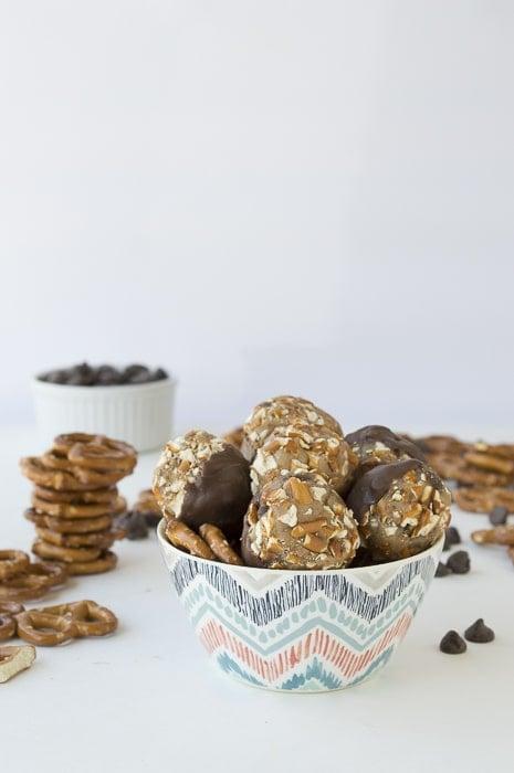 No Bake Chocolate Dipped Cookie Dough Pretzel Bites | thefirstyearblog.com