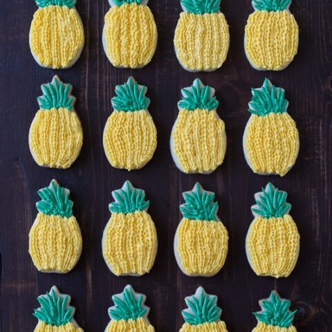 Pineapple Sugar Cookies with pineapple extract in the batter - they look just like pineapples!
