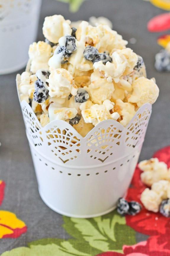 Blueberry and Cream Popcorn | Rachel Cooks