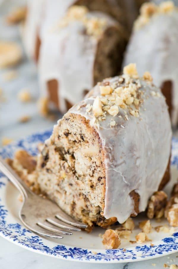 Banana Nut Bread Bundt Cake