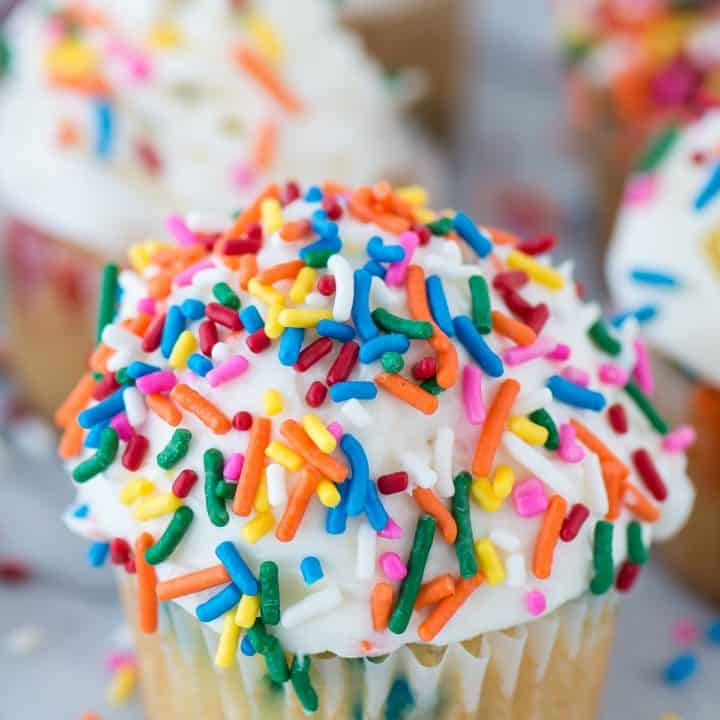 Funfetti cupcakes! Easy to make funfetti recipe that's bursting with sprinkles!