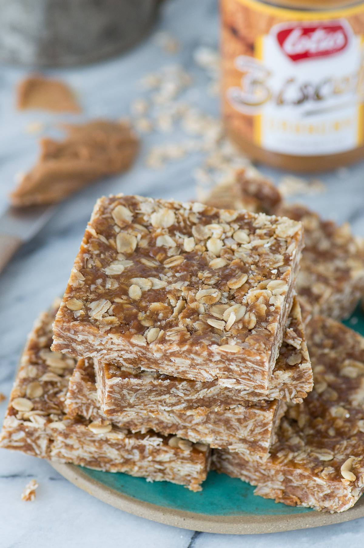 Easy to make 3 ingredient biscoff oat bars - all you need are oats, honey and biscoff cookie butter!