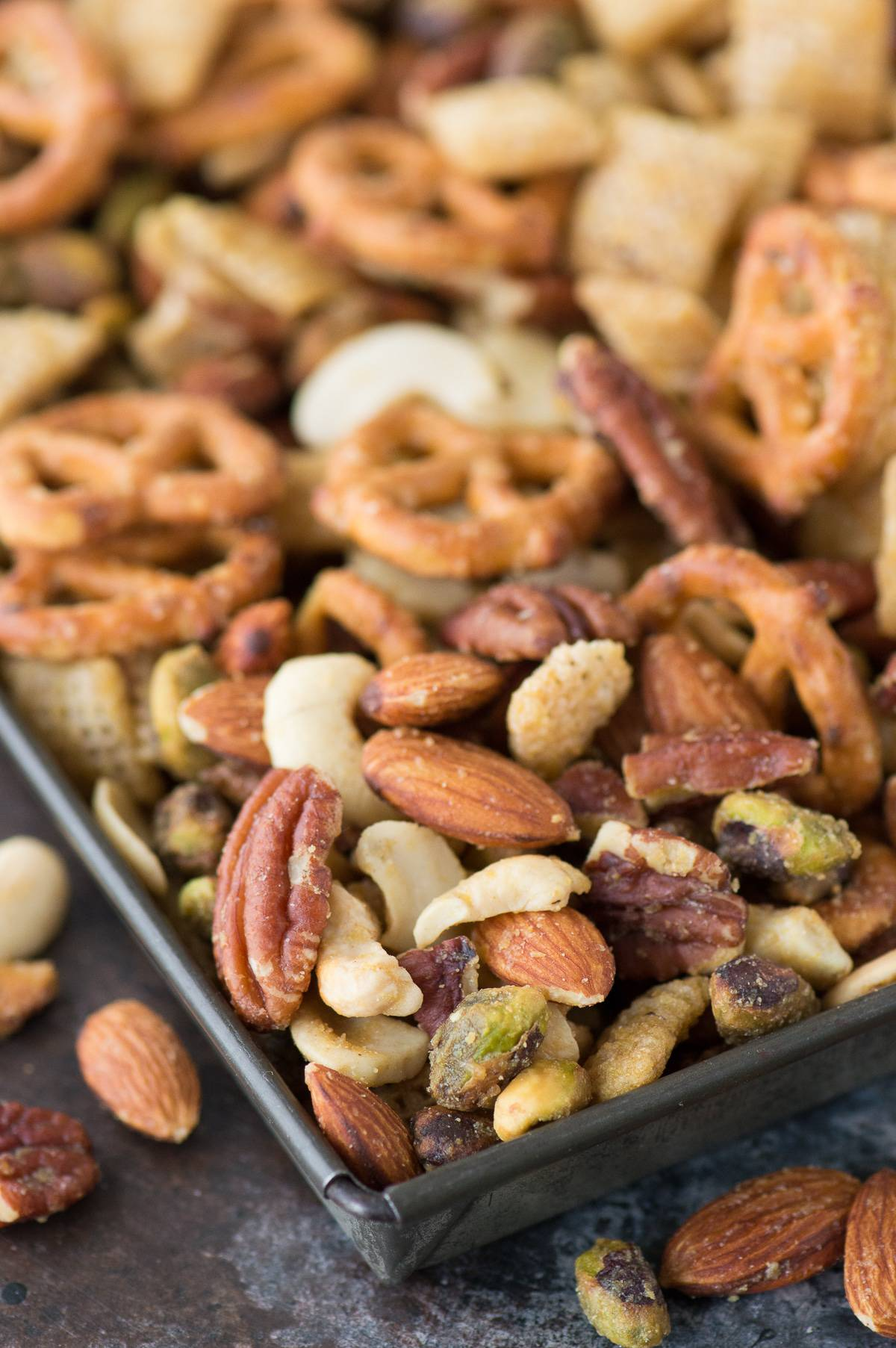 The best recipe for homemade honey mustard snack chex mix! Easily make this gluten free!