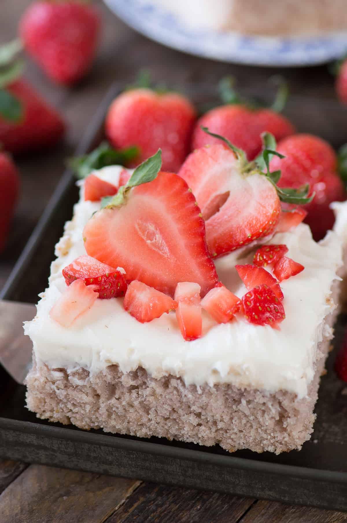 9x13 Inch Strawberry Cake