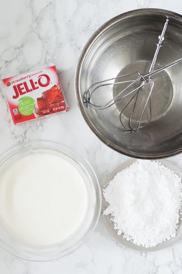 ingredients to make strawberry whipped cream