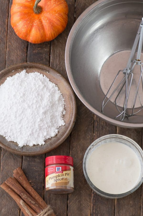 ingredients to make pumpkin whipped cream