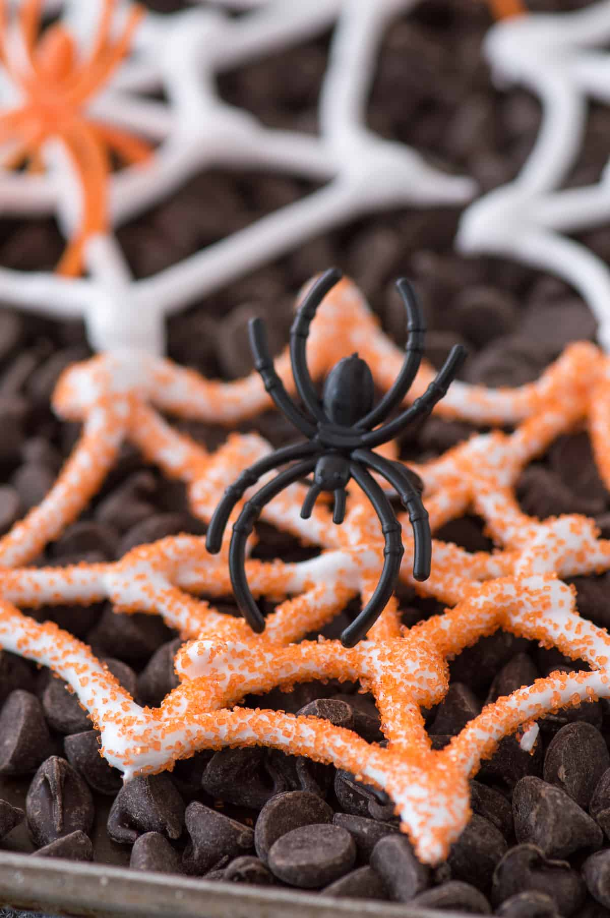 an easy halloween treat edible spider web meringues display these spider webs with plastic