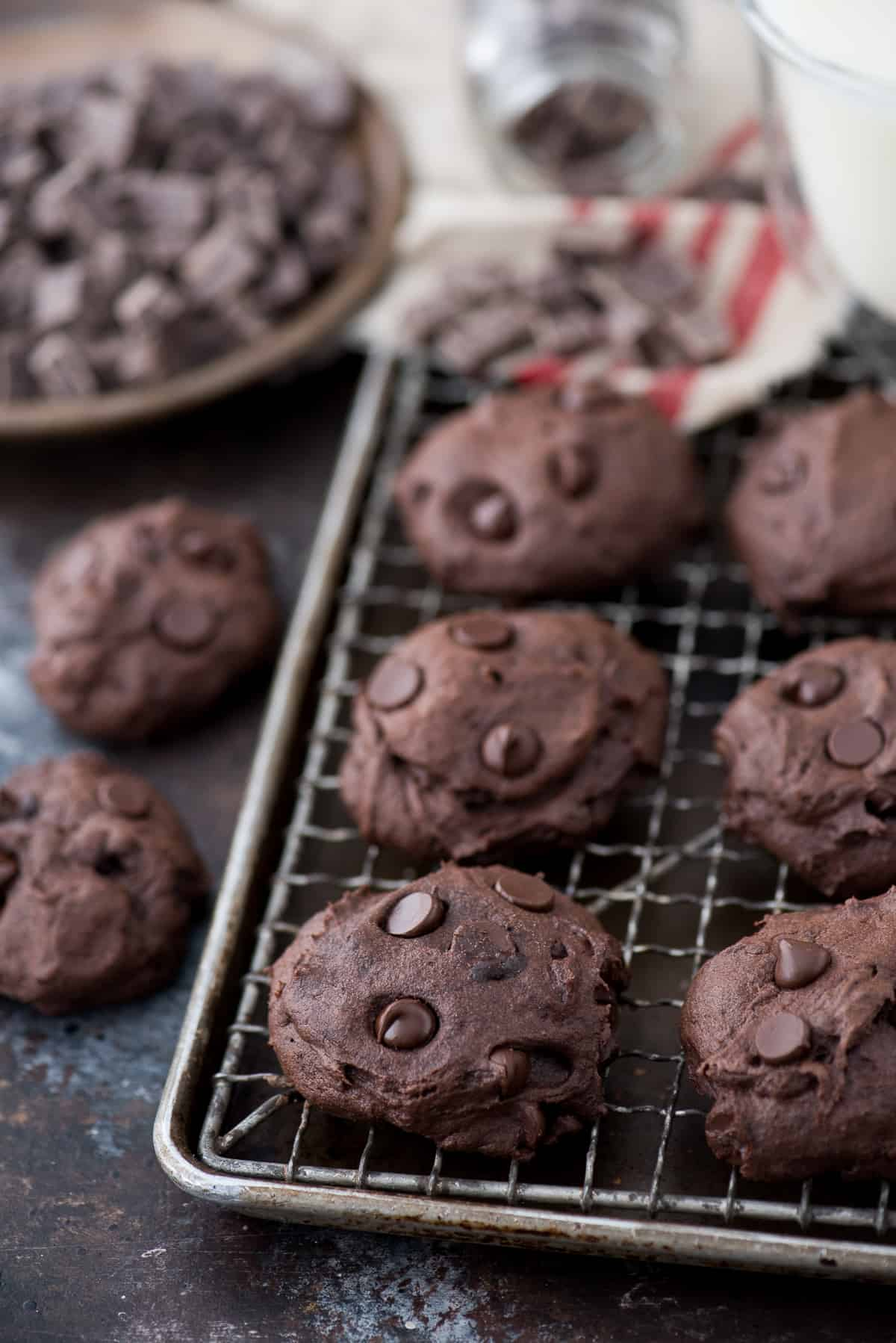These healthier dark chocolate coconut oil cookies are estimated to be 150 calories. I love that the recipe calls for ordinary ingredients, and no refined sugar, butter or oil!