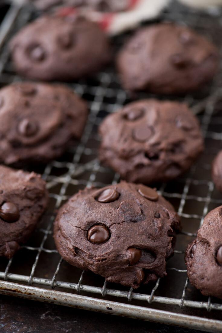 Healthier Dark Chocolate Coconut Oil Cookies