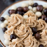4 ingredient espresso buttercream recipe with uses instant coffee granules!