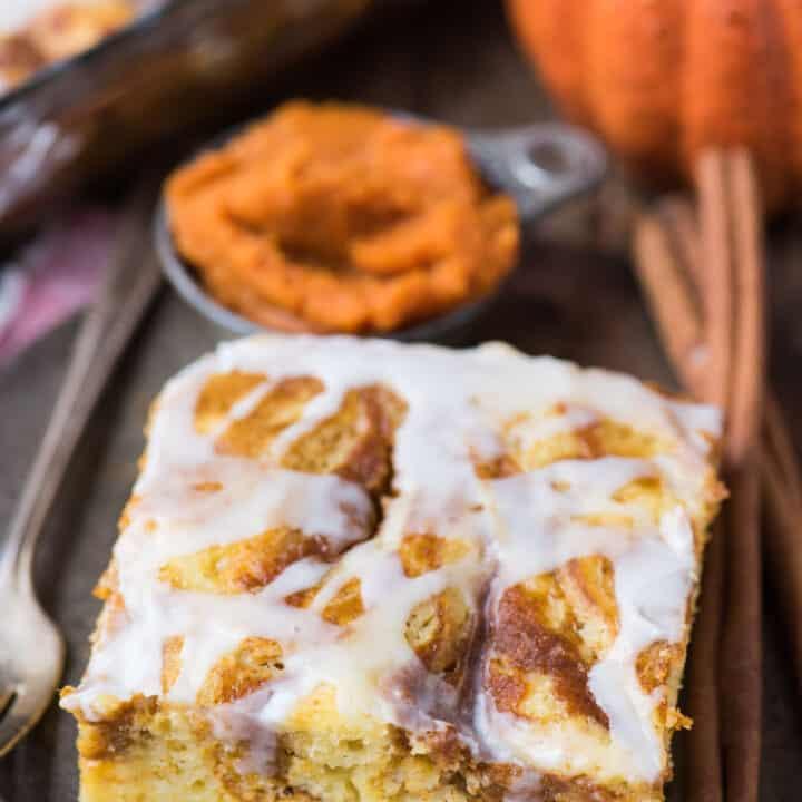 Easy Pumpkin Swirl Cake