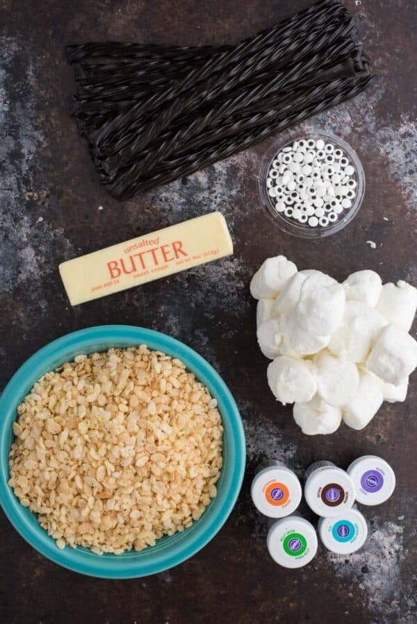 ingredients to make spider rice krispie treats